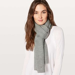 Lululemon all that shimmers cozy up scarf